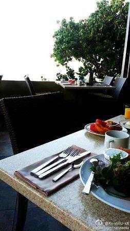 Sheraton Maui Resort & Spa: breakfast
