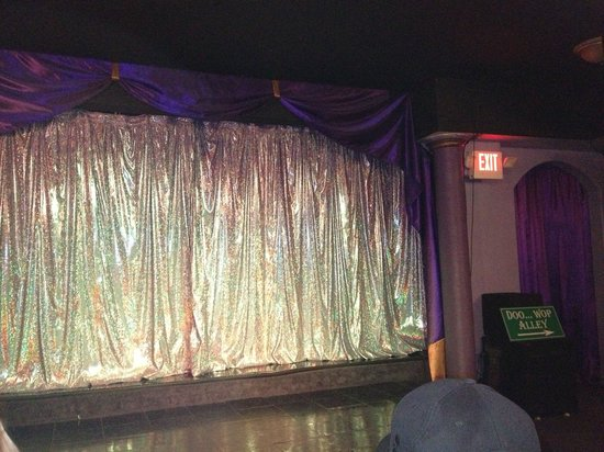 Hot Hits Theater-Hot Hits of Motown