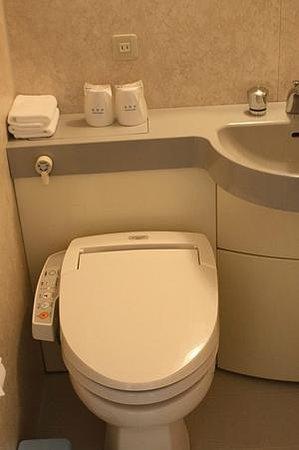Hotel Asia Center of Japan : Унитаз с функцией биде