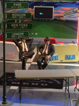 IL Route 66 Association Hall of Fame & Museum : blues bros