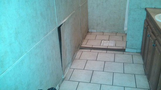 Cape May KOA: Bathroom Repair - Not completed in a long time