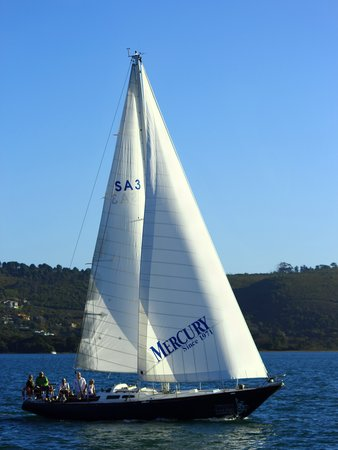 Southern Yachting Academy: Classic Sailing Bliss on the famous SV Mercury