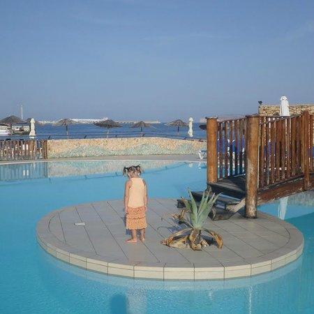 Ramla Bay Resort : бассейн