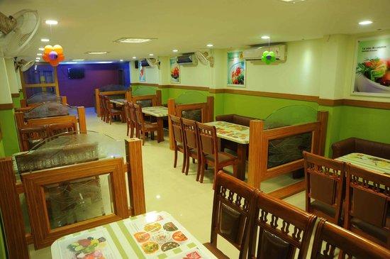 castle international premium hotel multi cuisine ac restaurant - Multi Castle Interior