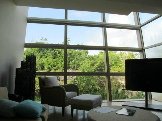 Rosewood Mayakoba: From lounge room looking outdoors
