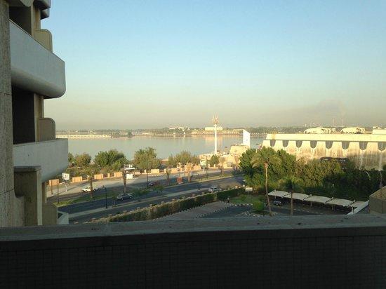 InterContinental Hotel Jeddah: Jeddah Beach view from Room 470 :)