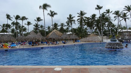 Sirenis Punta Cana Resort Casino & Aquagames: Бассейн