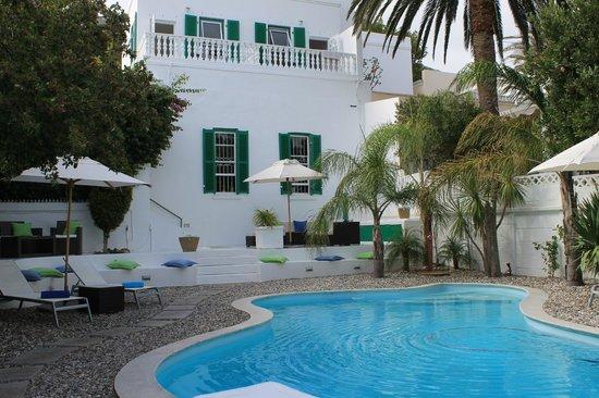 AfricanHome Guesthouse: Abschalten am Pool ...