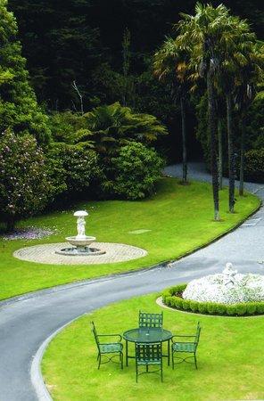 Wallaceville House: Gardens