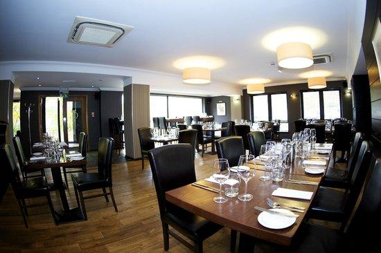 Nevis Bank Inn: Browns Restaurant