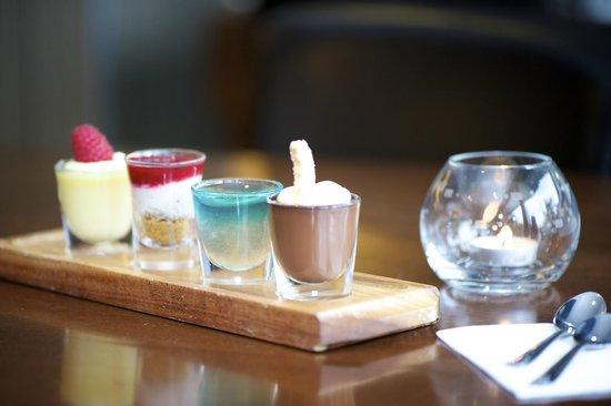 Nevis Bank Inn: Mini Desserts