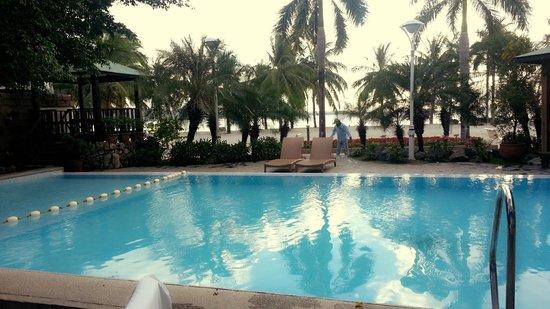 Subic Park Hotel: Pool