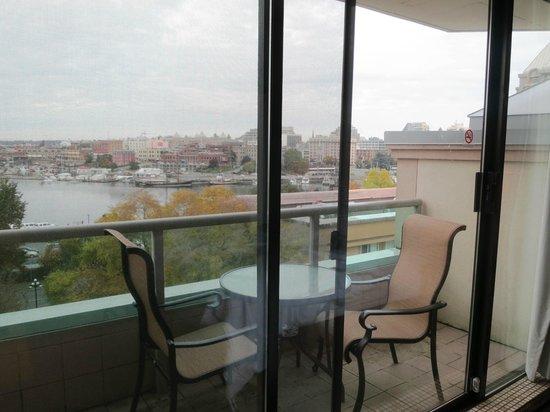Best Western Plus Inner Harbour : Queen Corner Room  - Balcony View 3