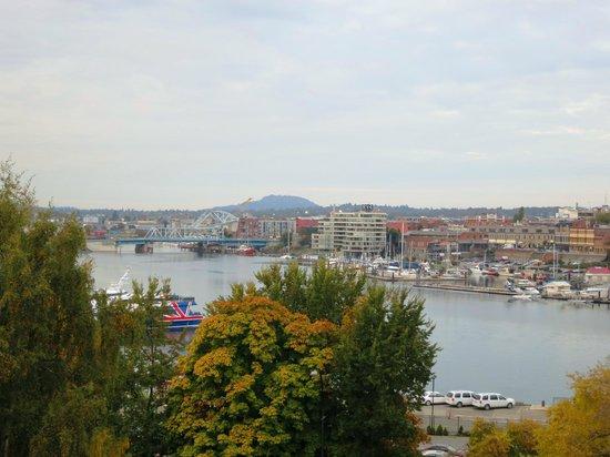 Best Western Plus Inner Harbour : View from Queen Corner Room 1