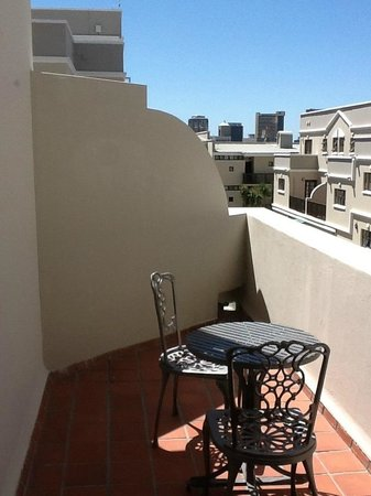 Best Western Cape Suites Hotel: Balcony