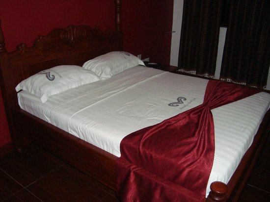 The Monalisa Hotel : Comfortable bed