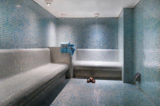 Darkhill Hotel : Steam room