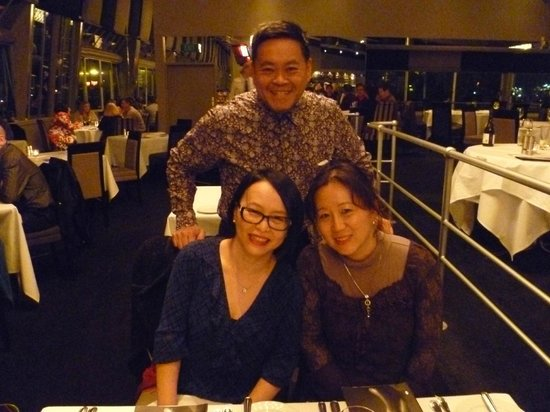 Sails Restaurant: Evening with friends
