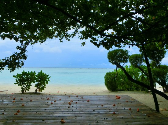 LUX* South Ari Atoll: Yoga Space !!