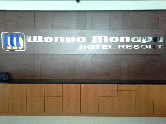 Continent Wonua Monapa Resort: Front desk