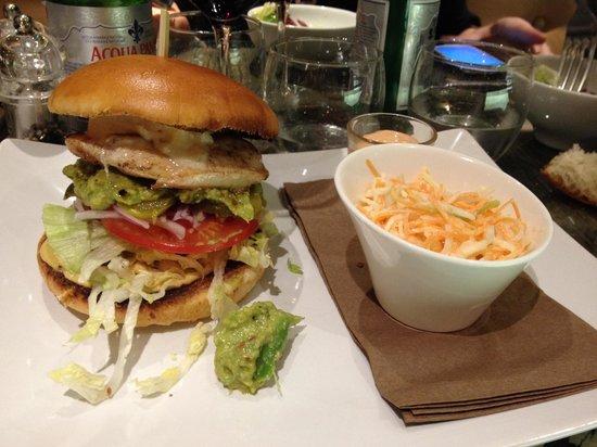 Restaurant Le M: Burger composé à la carte <3