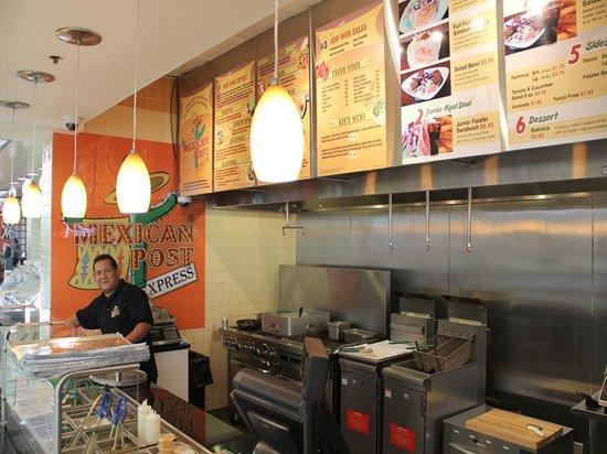 Mexican Post Bensalem: Inner Restaurant
