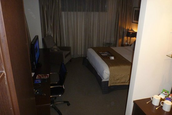 Rydges Auckland: Another view of bedroom
