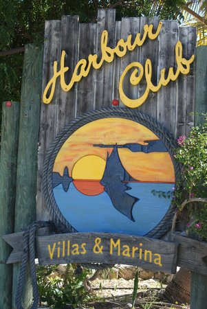 Harbour Club Villas & Marina : Welcome sign ; help when I came back from my daily run!