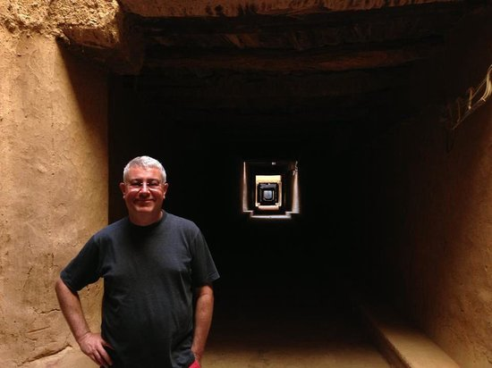 Ksar El Khorbat: The streets inside de Ksar are build inside the houses, creating amazing light effects and maint