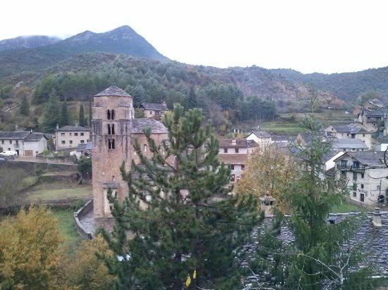 Hotel Rural El Mirador de los Pirineos By Brasi: vista desde la habitación