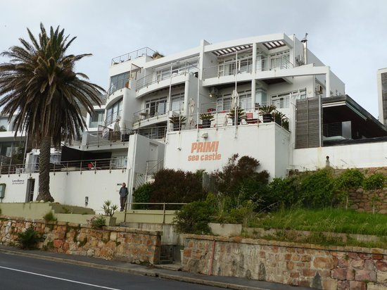 Primi Seacastle Guest House: Hotel