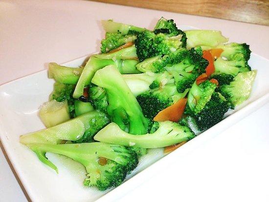 Zen Garden: Brocolli with Garlic