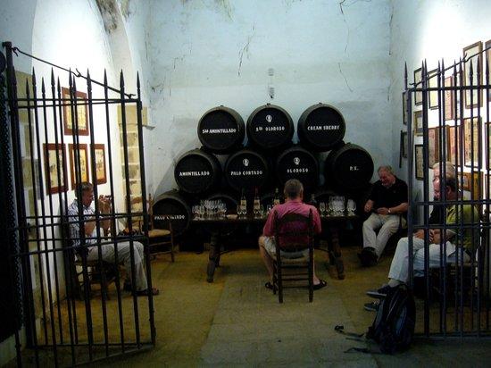 Hotel Los Jandalos Jerez: Typische Bodega