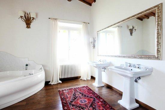 Villa Poggio Bartoli: Il bagno delle Family Suite