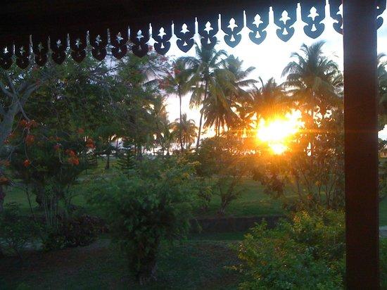 Sofitel Mauritius L'Imperial Resort & Spa: Coucher de soleil quotidien