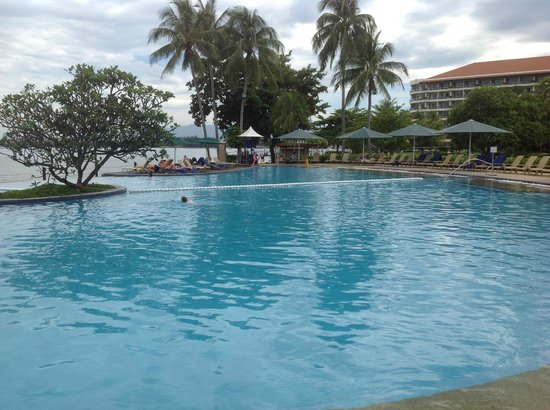 Shangri-La's Tanjung Aru Resort & Spa: J&M-1stWA@TAH-Adult Pool