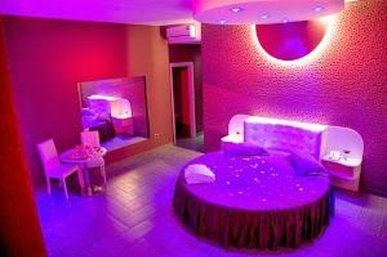 Hotel Masaniello Luxury: SUITE DUBAI