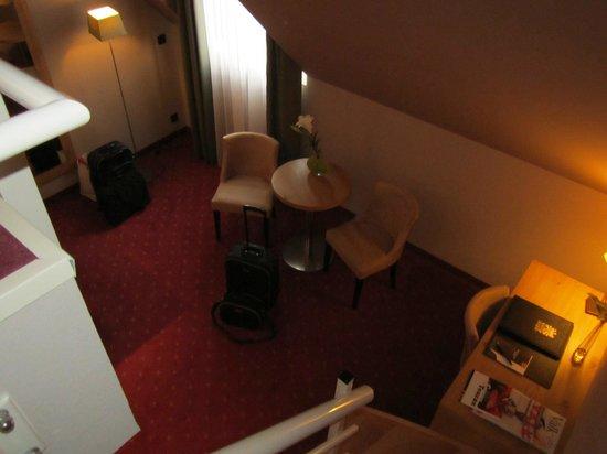 Hotel Verviers Van der Valk : Zitgedeelte beneden
