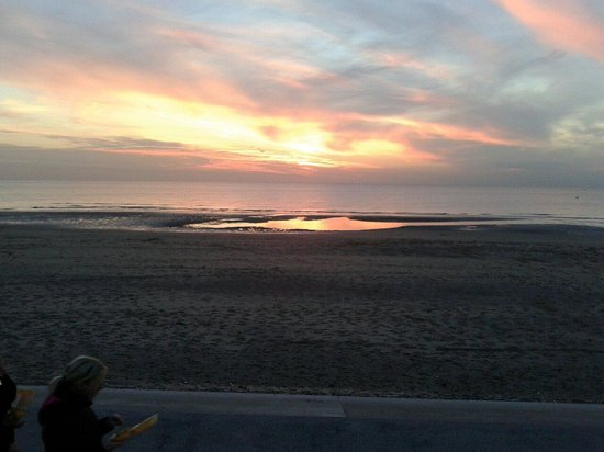 Cleveleys Front: Sunset..from the Prom.