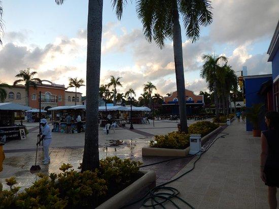 Grand Bahia Principe Punta Cana: Souvenir Shops