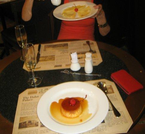 Le Cafe de la Poste : Desserts!