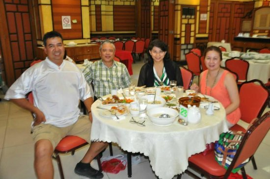 President Grand Palace Restaurant: With Cherry , Zenon and Mike