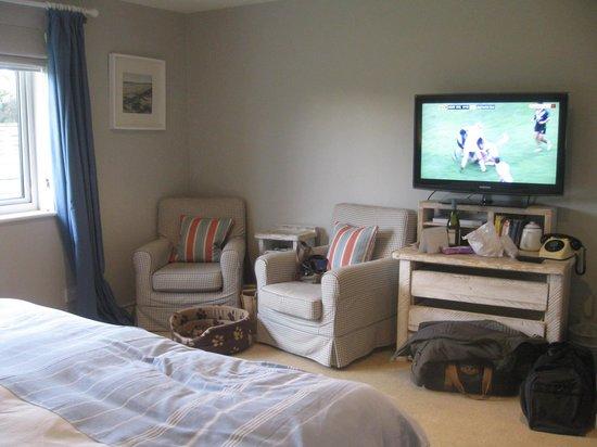 The Gallivant: Large comfy room No. 17