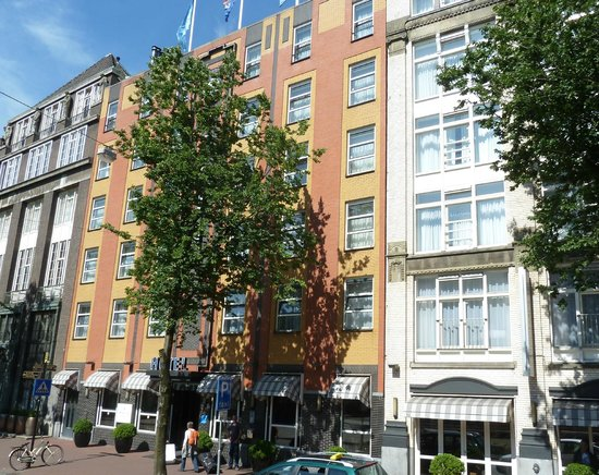 WestCord City Centre Hotel Amsterdam: Фасад, вид справа