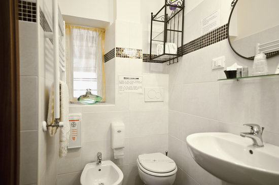 Holidays Rooms Rome: J'ADORE - bagno