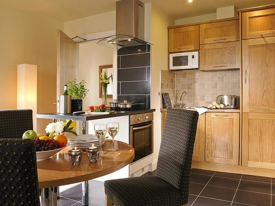 The Connacht Hotel: Apartment Kitchen