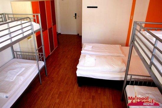 Metropol Hostel Berlin: 6-Bett Dorm I 6-bed dorm