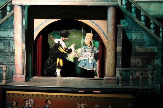 "Marionette Theatre: Сцена из спектакля ""Дон Жуан"""