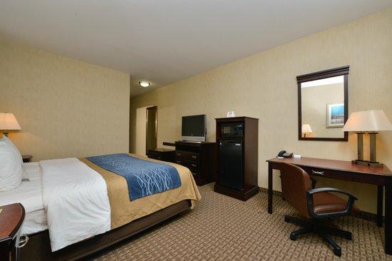 Comfort Inn & Suites North Little Rock: King Room