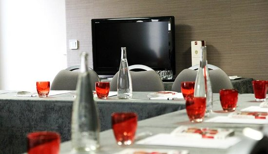 Inter-Hotel Amarys Chateauroux : Salle Séminaire